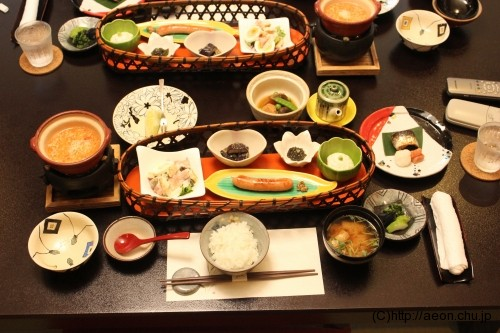 別亭やえ野:朝食