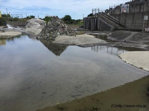 鴨川オーシャンパークのじゃぶじゃぶ池