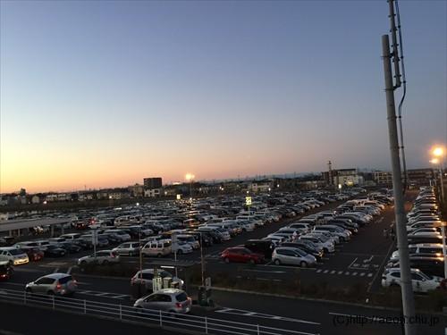 レイクタウン元日の駐車場